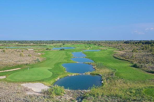 Acaya Golf Course in Apulien / Golfreisen Irland