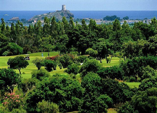 Circolo Golf Is Molas / Golfreisen Sardinien